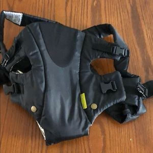 Infantino Carrier Black with tan and black inside